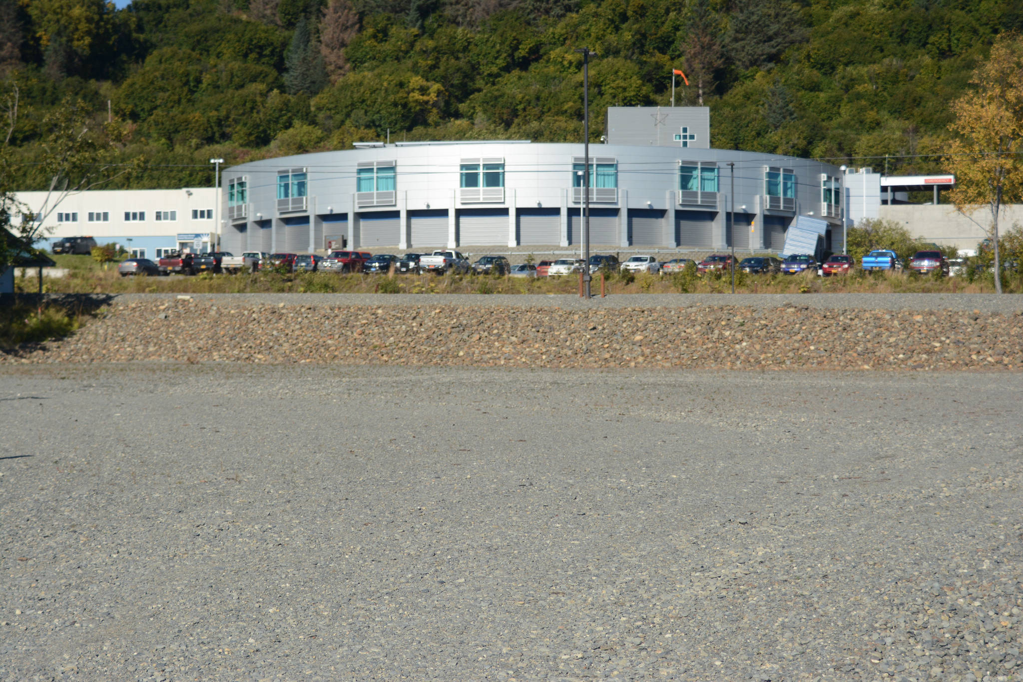Dr. Paul Raymond's proposed 20,000-square-foot medical building would go on this empty lot between Homer Medical Clinic and South Peninsula Hospital, as seen on Sept. 25, 2018, in Homer, Alaska. The Homer Advisory Planning Commission at its Sept. 19 meeting approved a Conditional Use Permit for the building. (Photo by Michael Armstrong/Homer News)