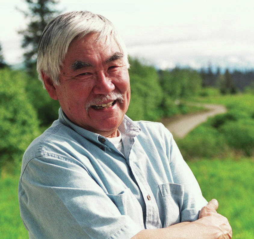 Ron Senungetuk poses for a photo on June 4, 2004, at his Homer, Alaska, home. (Photo by Michael Armstrong/Geo France)